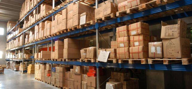 Regały przemysłowe – kiedy warto zlecić ich inspekcję?